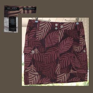 Size 10 AXCESS L CLAIBORNE Stretch Cargo Skirt